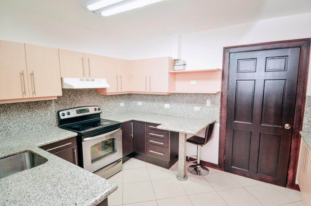 venta-casa-condominio-el-cortijo-premier-propiedades (10)