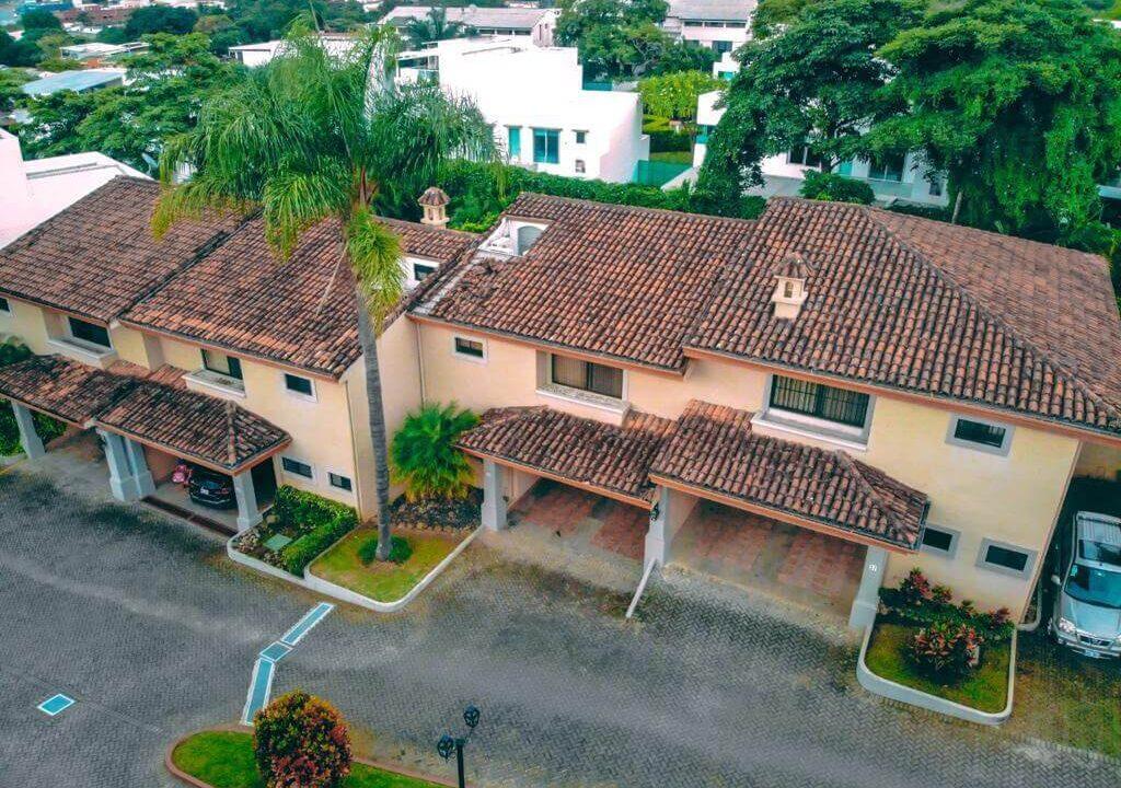 venta-casa-condominio-el-cortijo-premier-propiedades (5)