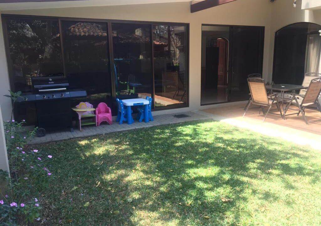 venta-casa-condominio-privado-lindora-santa-ana-premier-propiedades (5)