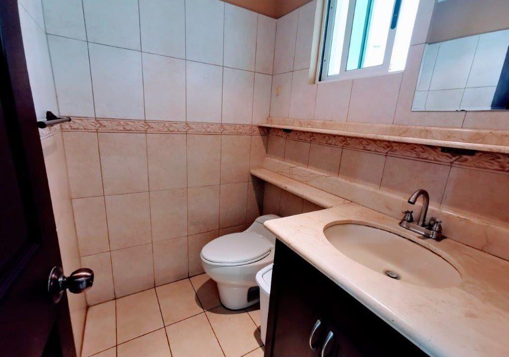 alquiler-apartamento-condominio-san-rafael-escazu-premier-propiedades (1)