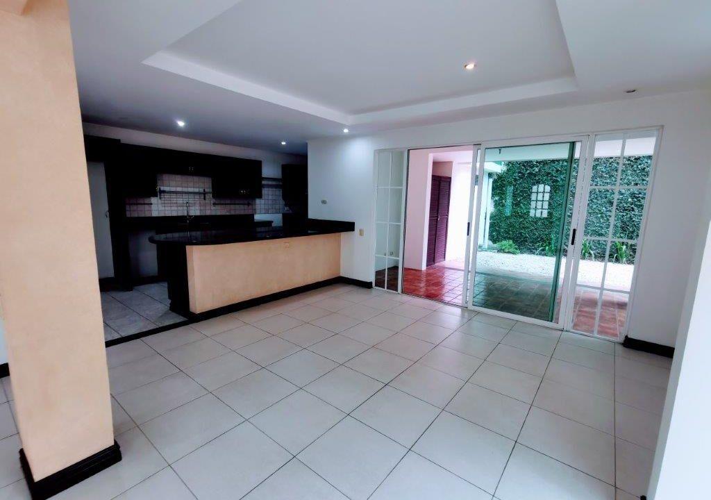 alquiler-apartamento-condominio-san-rafael-escazu-premier-propiedades (18)