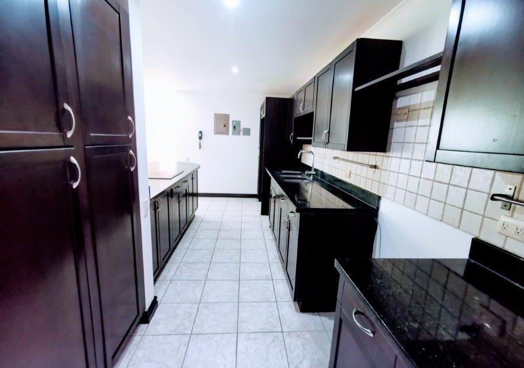 alquiler-apartamento-condominio-san-rafael-escazu-premier-propiedades (21)