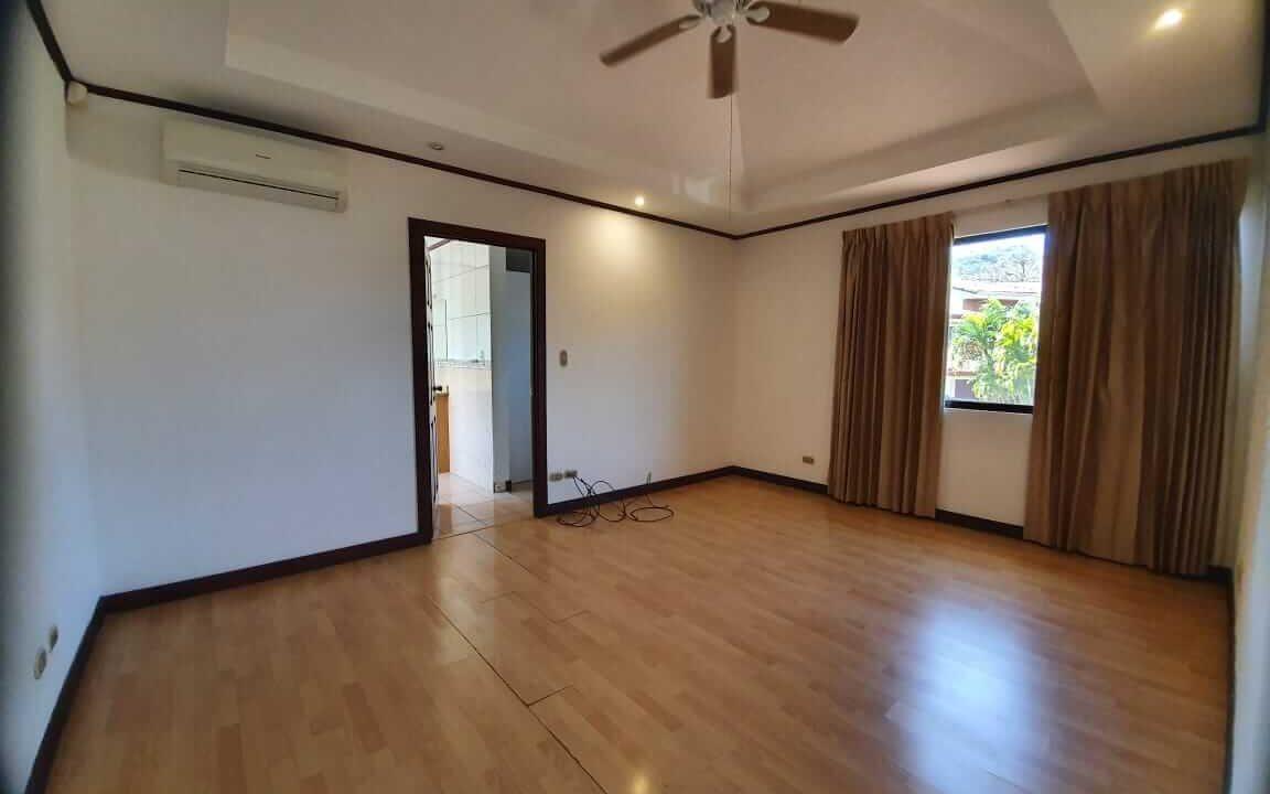 alquiler-casa-condominio-escazu-premier-propiedades (11)
