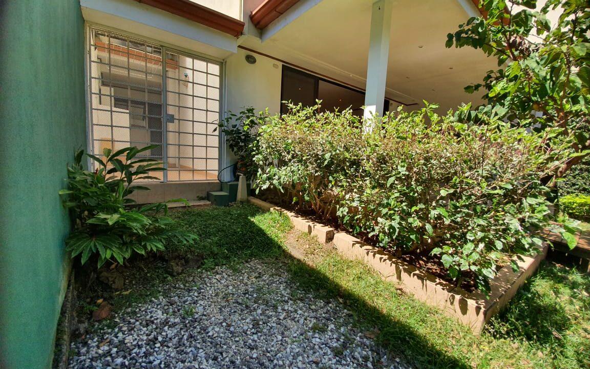 alquiler-casa-condominio-escazu-premier-propiedades (23)
