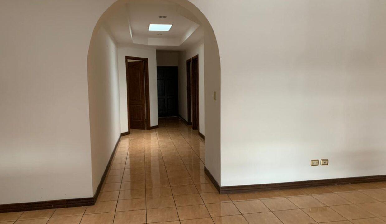 alquiler-casa-santa-ana-premier-propiedades (21)