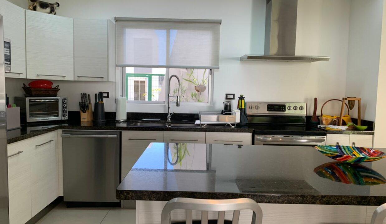 venta-apartamento-townhouse-condominio-rio-oro-santa-ana-premier-propiedades (13)