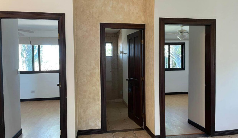 venta-casa-guachipelin-escazu-premier-propiedades (4)