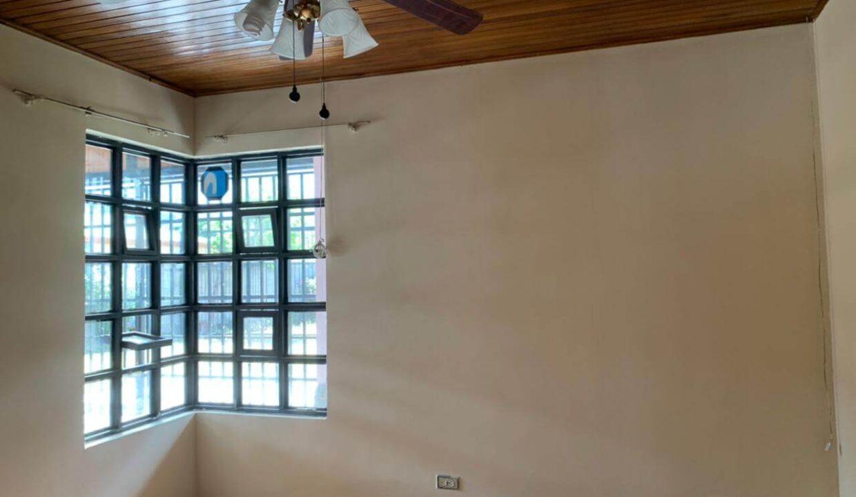 venta-casa-independiente-escazu-premier-propiedades (9)