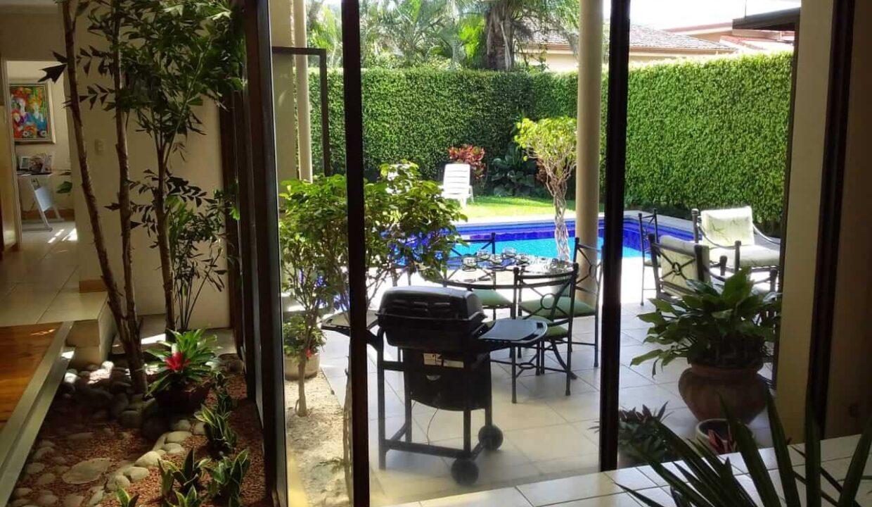 venta-casa-residencial-parque-valle-del-sol-lindora-santa-ana-premier-propiedades (12)