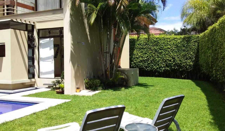 venta-casa-residencial-parque-valle-del-sol-lindora-santa-ana-premier-propiedades (13)
