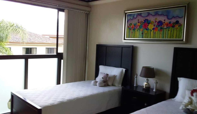 venta-casa-residencial-parque-valle-del-sol-lindora-santa-ana-premier-propiedades (14)