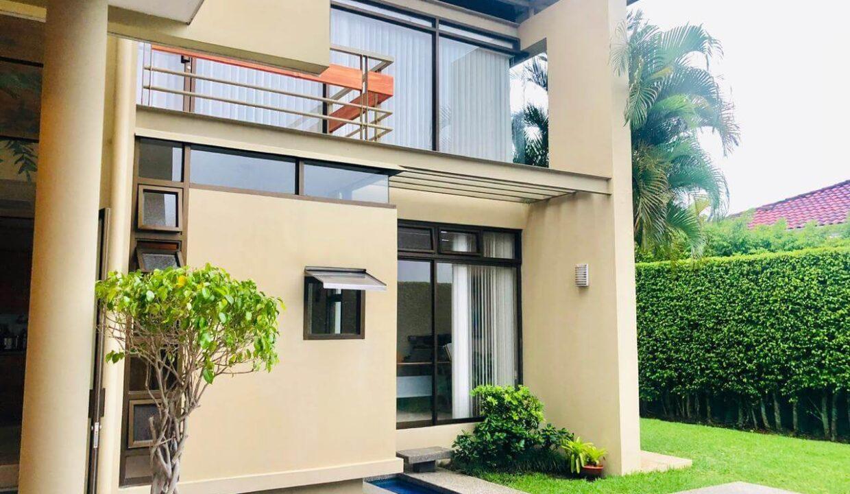 venta-casa-residencial-parque-valle-del-sol-lindora-santa-ana-premier-propiedades (21)