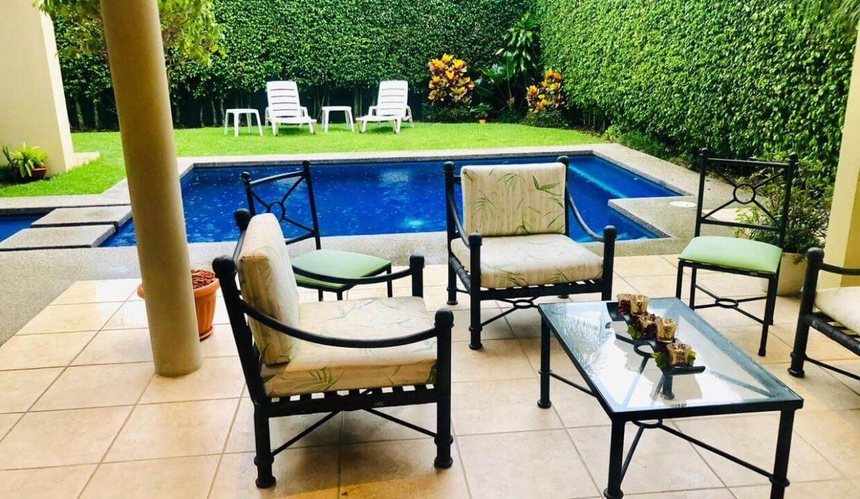 venta-casa-residencial-parque-valle-del-sol-lindora-santa-ana-premier-propiedades (22)
