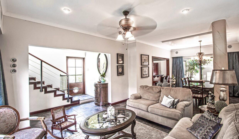 alquiler-casa-lindora-santa-ana-premier-propiedades (1)