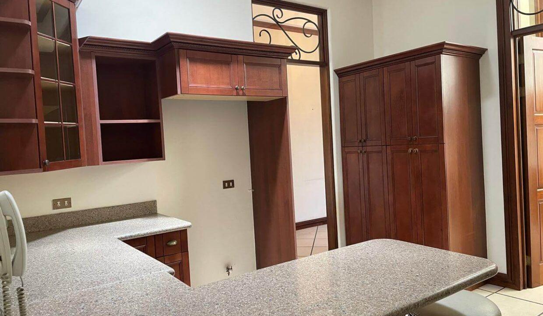 casa-condominio-guachipelin-zona-norte-premier-propiedades (12)
