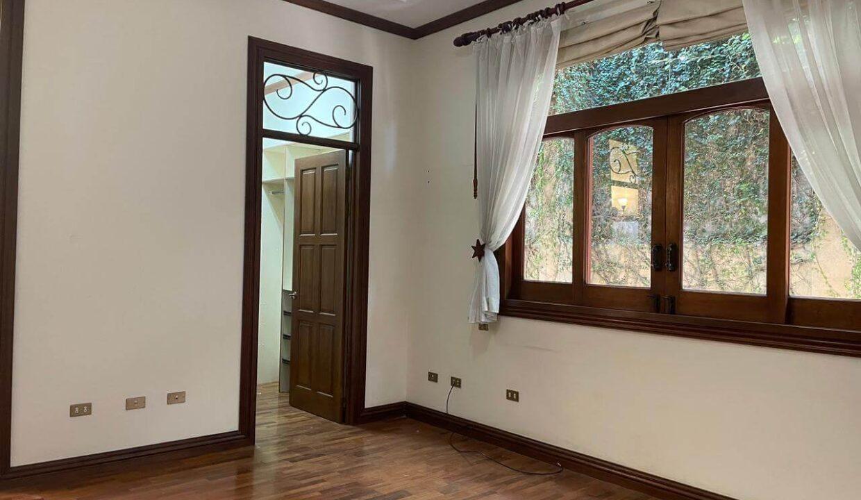 casa-condominio-guachipelin-zona-norte-premier-propiedades (22)