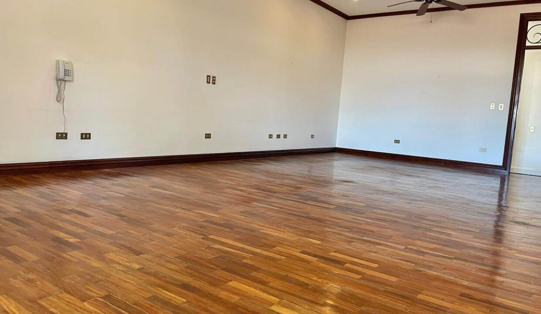 casa-condominio-guachipelin-zona-norte-premier-propiedades (25)