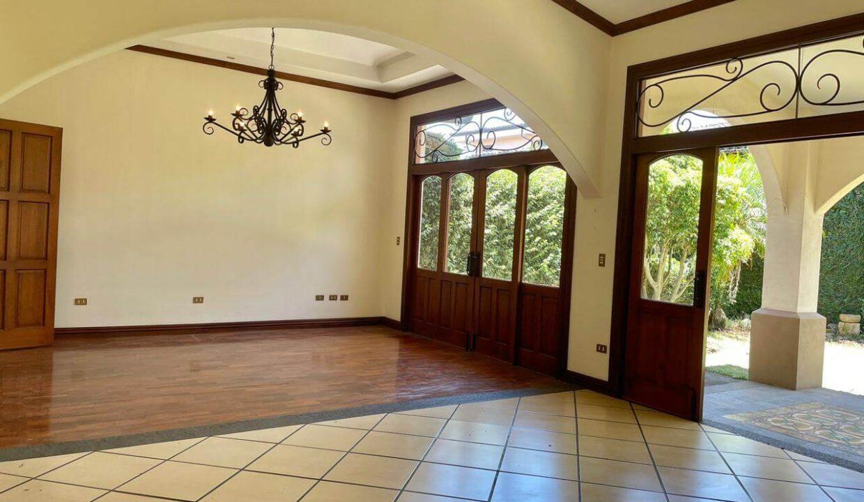 casa-condominio-guachipelin-zona-norte-premier-propiedades (4)
