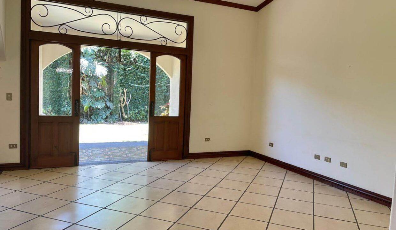 casa-condominio-guachipelin-zona-norte-premier-propiedades (7)