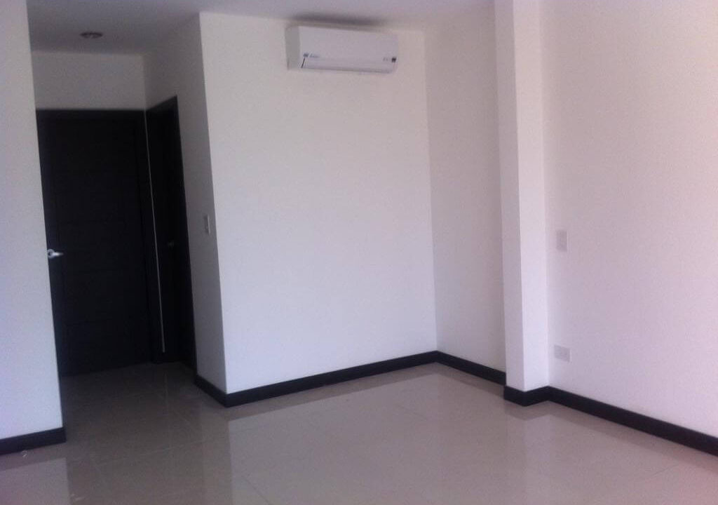 alquiler-apartamento-en-condominio-santa-ana-centro-premier-propiedades (11)