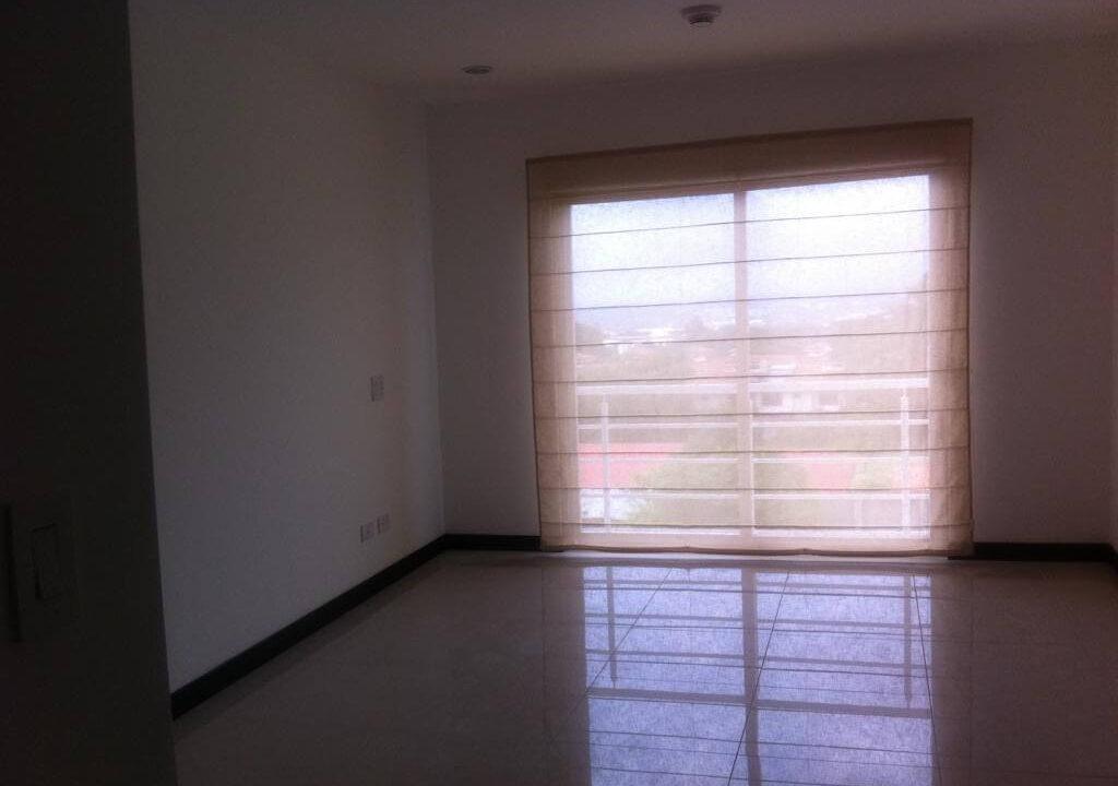 alquiler-apartamento-en-condominio-santa-ana-centro-premier-propiedades (7)