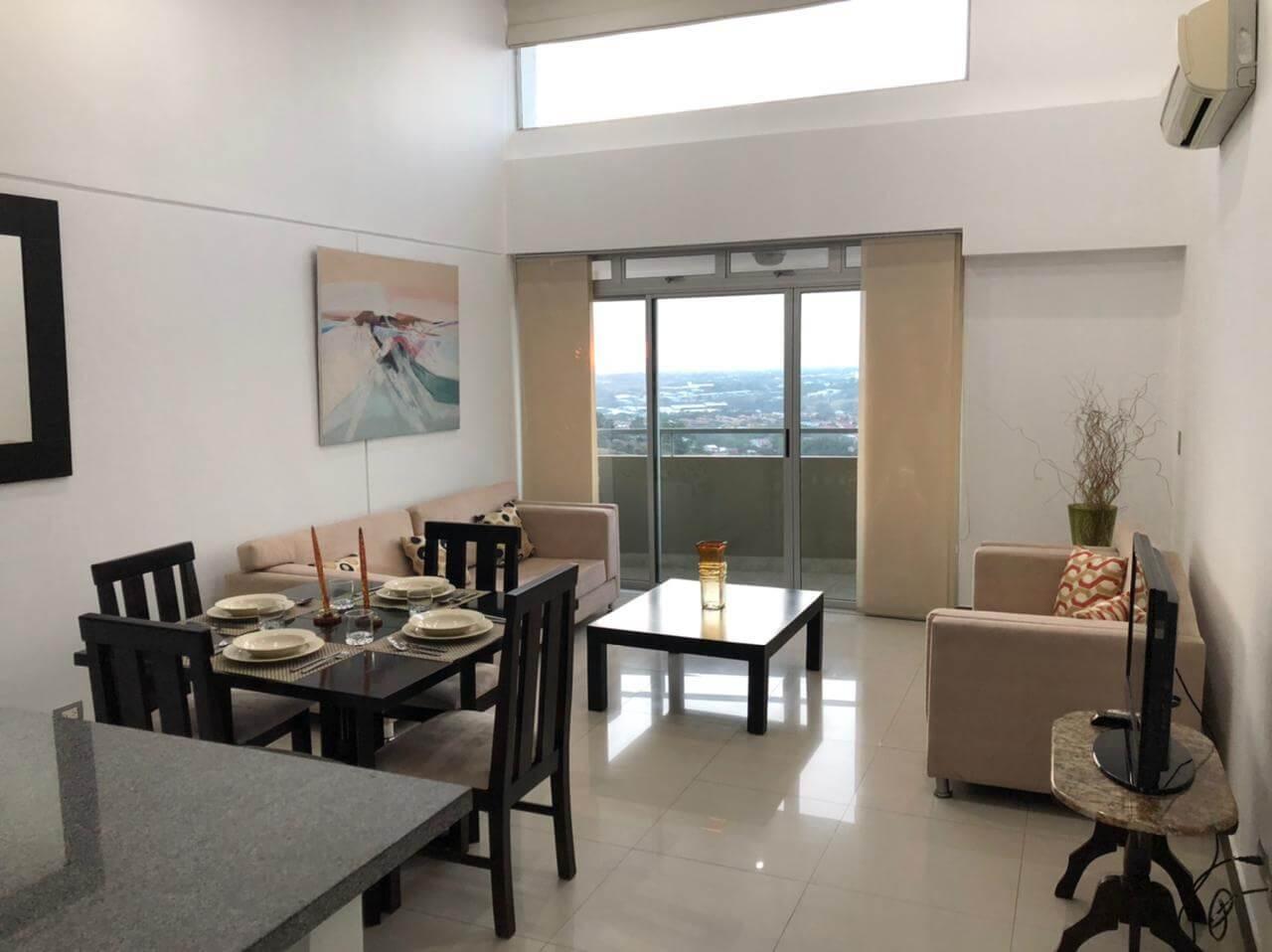 Se alquila apartamento en condominio, Guachipelín Escazú