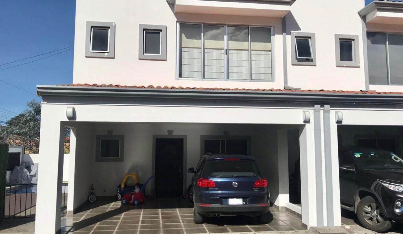 venta-casa-condominio-santa-ana-premier-propiedades (11)