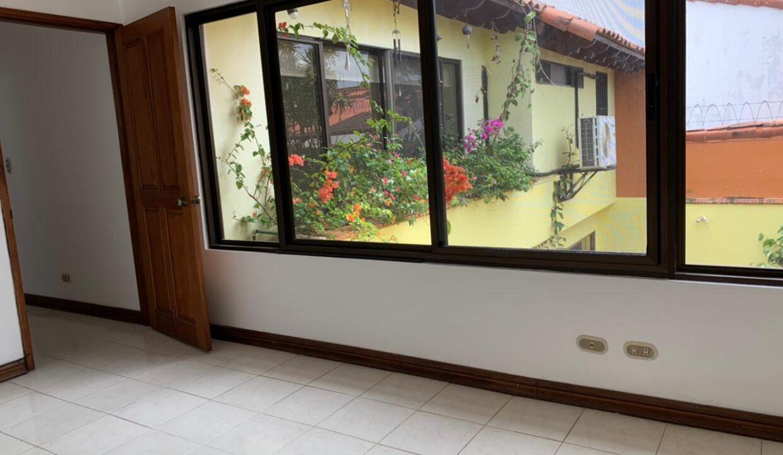 venta-casa-trejos-montealegre-escazu-premier-propiedades (35)