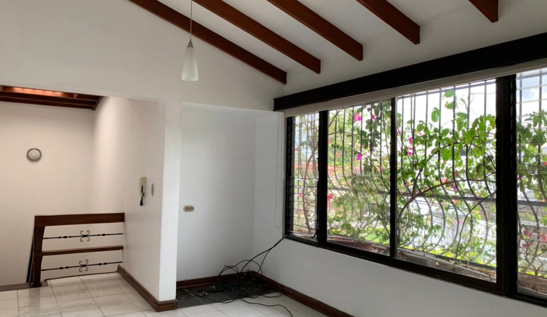 venta-casa-trejos-montealegre-escazu-premier-propiedades (44)