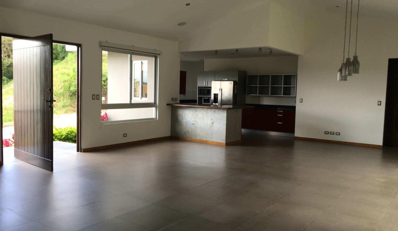 venta-de-casa-condominio-cerro-colon-premier-propiedades (5)