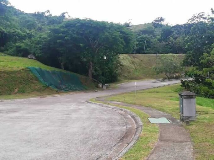 Venta-de-lote-Condominio-Cerro-Colon
