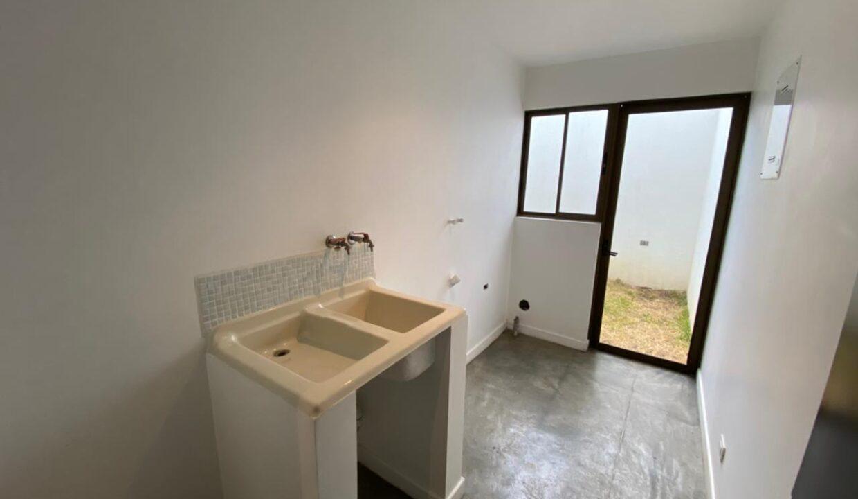 alquiler-casa-en-condominio-cantabria-santa-ana-centro-premier-propiedades (21)