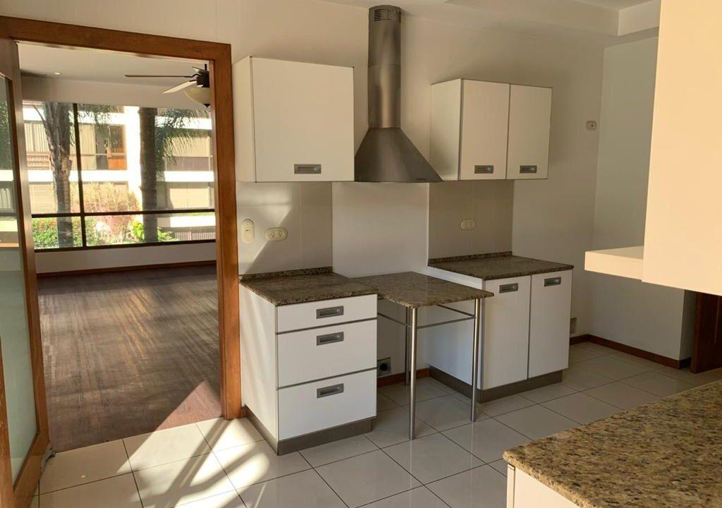 venta-apartamento-cerca-country-club-escazu-premier-propiedades (28)