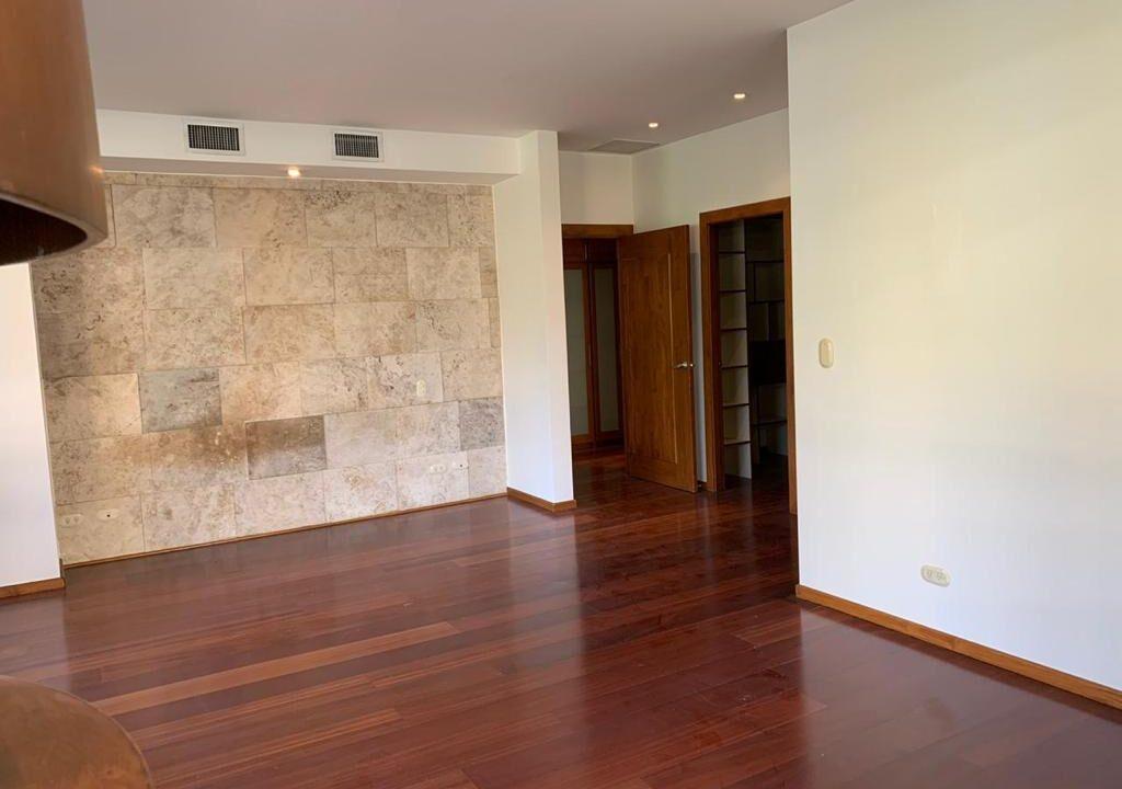 venta-apartamento-cerca-country-club-escazu-premier-propiedades (30)