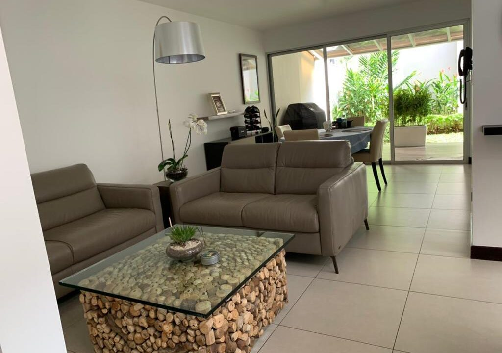 venta-apartamento-townhouse-condominio-rio-oro-santa-ana-premier-propiedades (22)