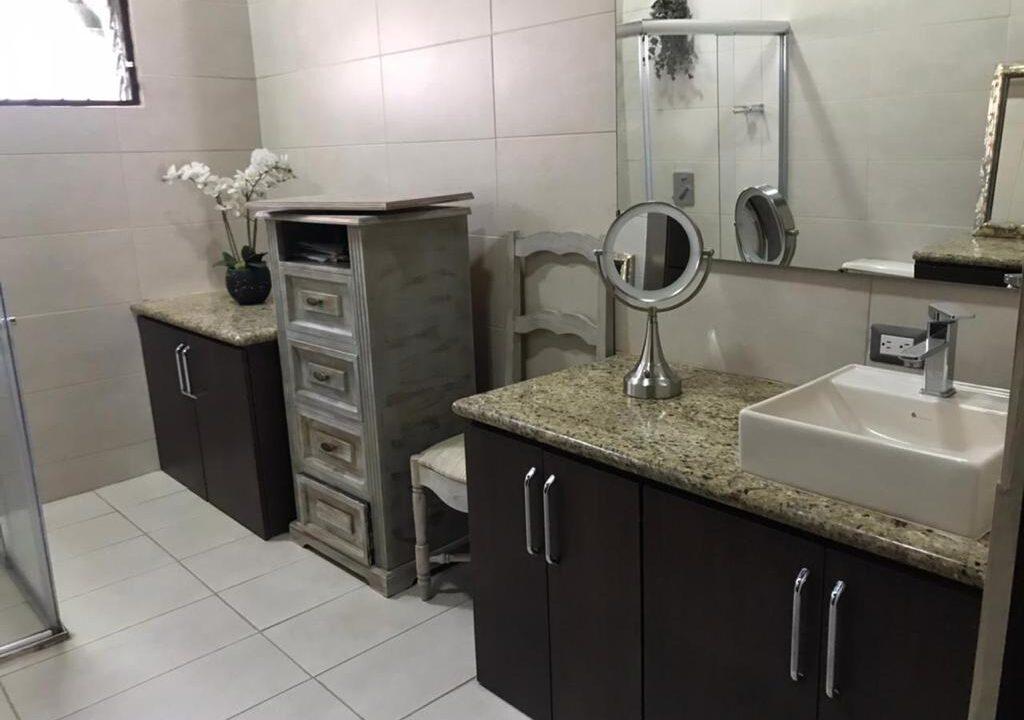 venta-casa-una-planta-residencial-san-rafael-escazu-premier-propiedades (22)