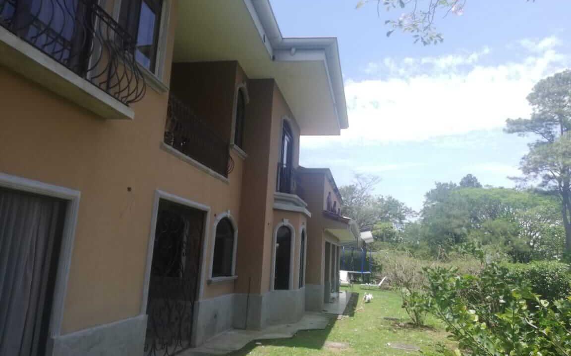venta-de-casa-residencial-hacienda-los-reyes-premier-propiedades (30)