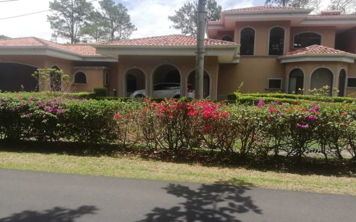 venta-de-casa-residencial-hacienda-los-reyes-premier-propiedades (31)