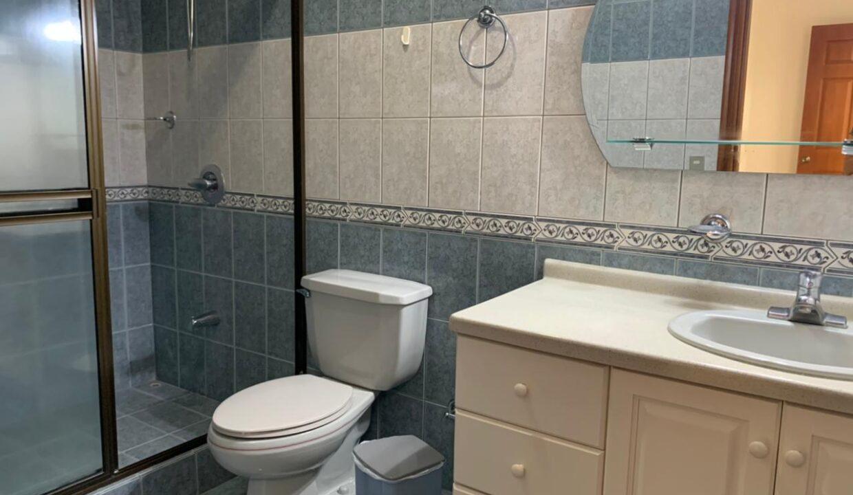 alquiler-apartamento-condominio-trejos-montealegre-premier-propiedades (17)
