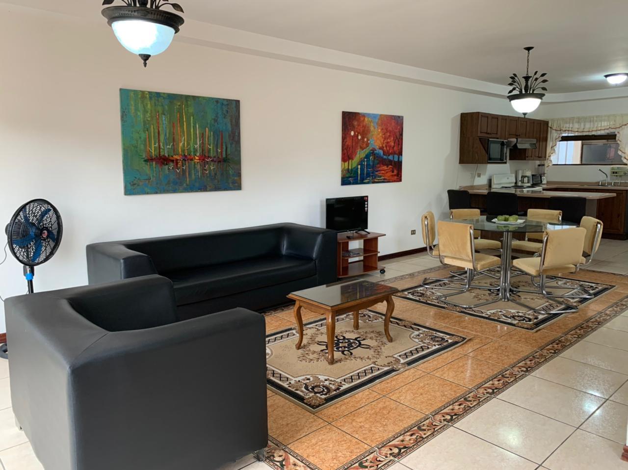 Se Alquila Apartamento Amoblado en Trejos Montealgre