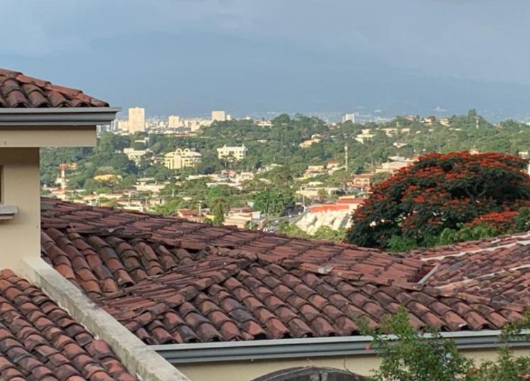 alquiler-casa-lujo-condominoi-jaboncillos-escazu-premier-propiedades (23)