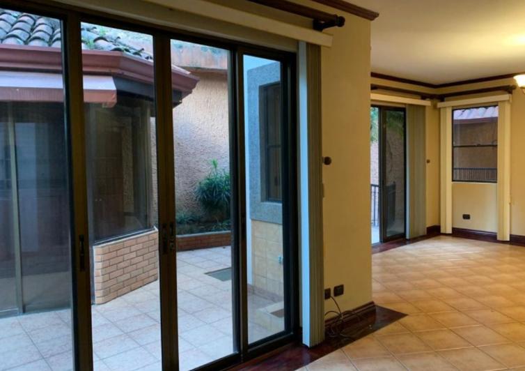 alquiler-casa-lujo-condominoi-jaboncillos-escazu-premier-propiedades (24)