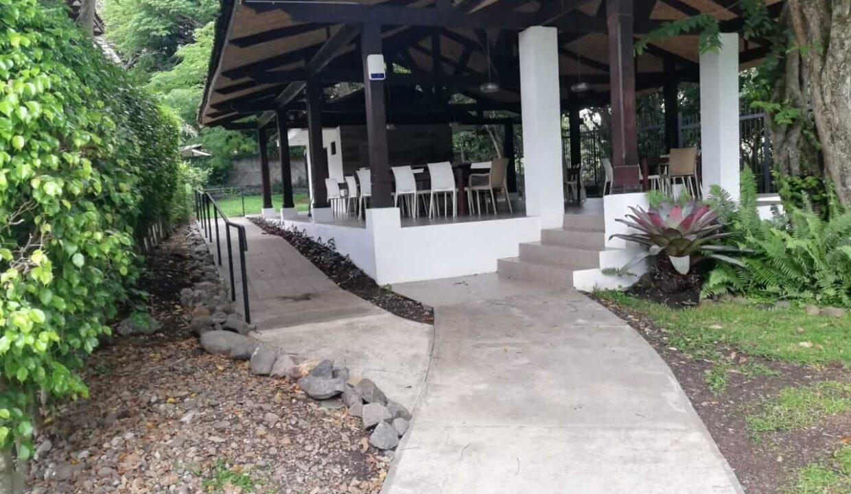 condominio-hacienda-Real-piedades-de-santa-ana-premier-propiedades (4)
