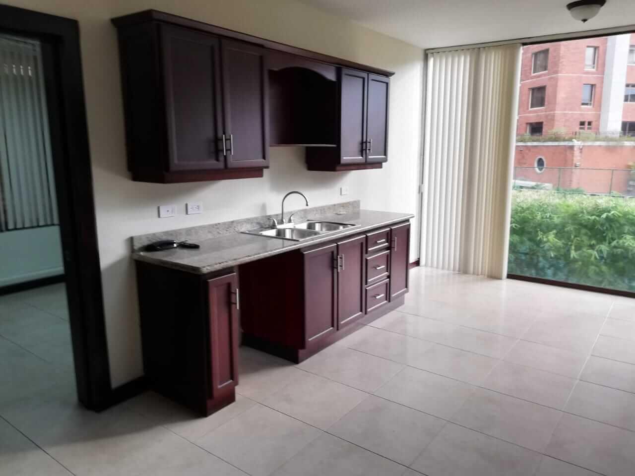 Venta de Apartamento en Condominio Cerros de Mayorca-Escazu