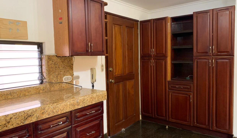 venta-casa-trejos-montealegre-escazu-premier-propiedades (42)