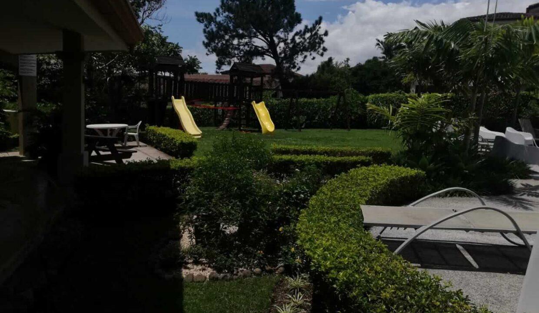 venta-de-casa-condominio-bosque-dorado-piedades-de-santa-ana-premier-propiedades (2)