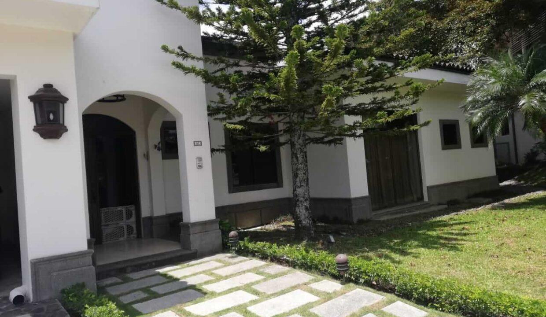 venta-de-casa-en-condominio-bosque-dorado-piedades-de-santa-ana-premier-propiedades (4)
