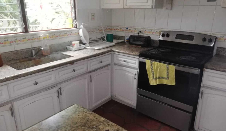 venta-de-casa-en-condominio-escazu-premier-propiedades (2)