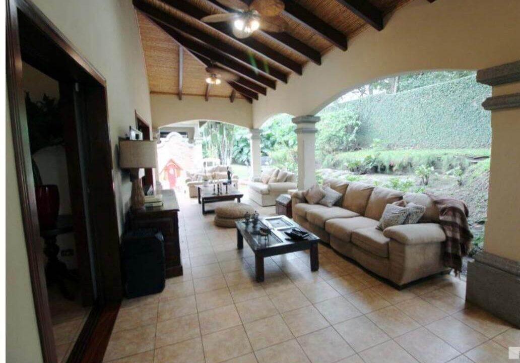 venta-de-casa-en-condominio-hacienda-real-piedades-de-santa-ana-premier-propiedades (2)