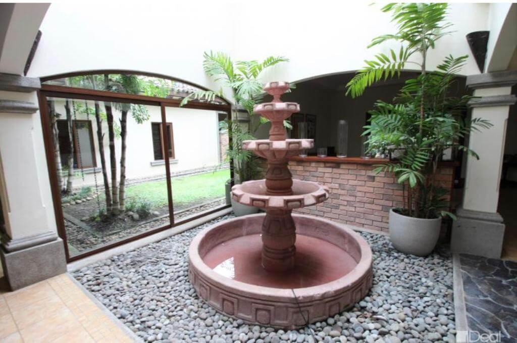 venta-de-casa-en-condominio-hacienda-real-piedades-de-santa-ana-premier-propiedades (3)